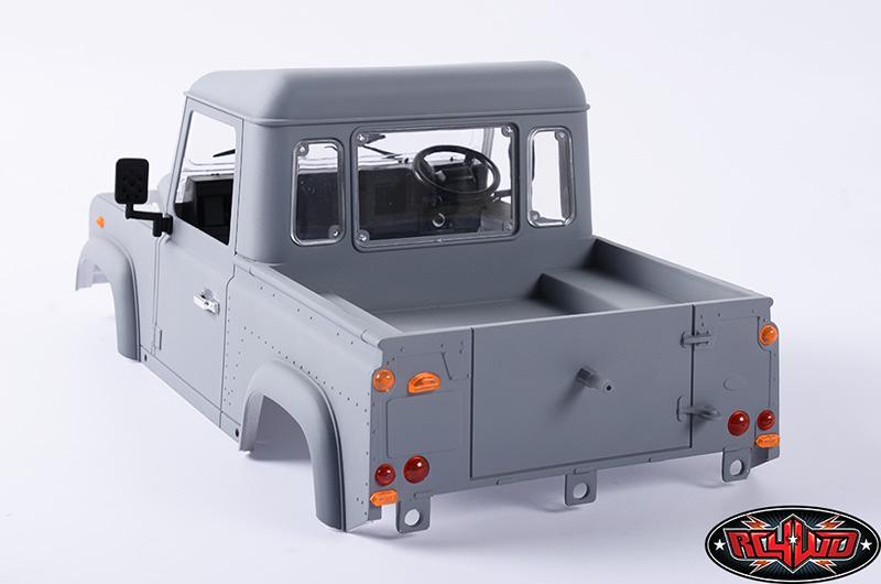 Defender D90 Pick Up et treuil Warn 9.5cti > RC4WD  Z-B0058-9