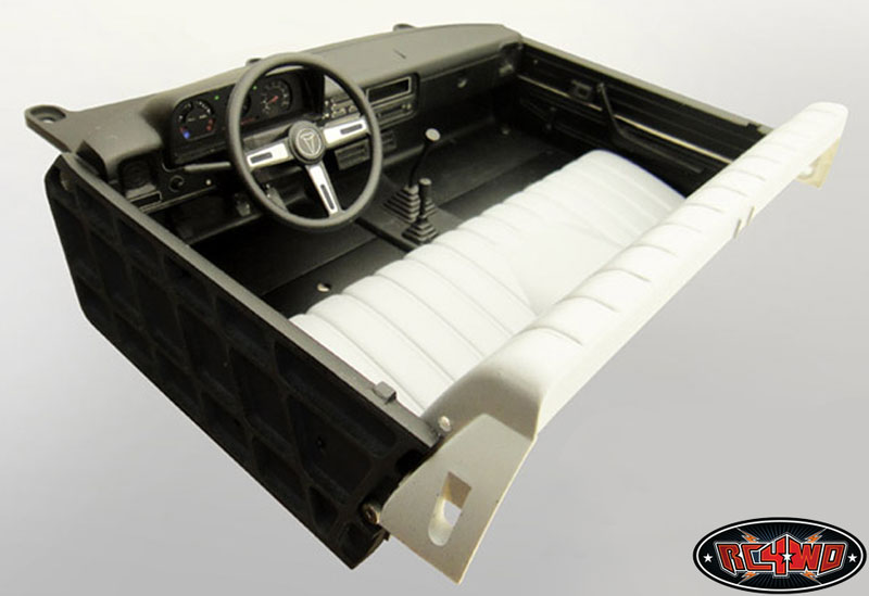 Highly Detailed Interior Set For Hilux Bruiser And Mojave
